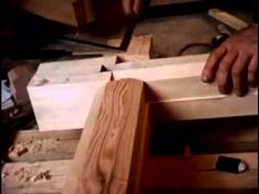 Rebuilding an Old Japanese House - Design My Dream Home Japanese Woodworking Tools, Japanese Carpentry, Japanese Joinery, Woodworking Guide, Custom Woodworking, Carpentry Tools, Carpentry Projects, Woodworking Projects Plans, Wood Projects