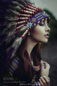 American Indian Girl, Native American Girls, Native American Pictures, Native American Beauty, American Indians, American History, Native American Tattoos, Native Tattoos, Native American Paintings