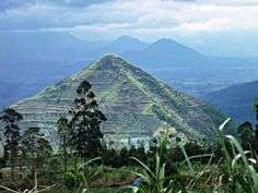 The Indonesian Pyramids (West Java), A possible key to the golden age of civilization