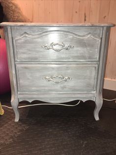 Before And After Rustoleum Aged Gray Chalk Paint From