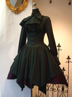 """DIY inspo: two square """"circle"""" skirts, sewn alternate each other.                                                                                                                                                                                 More"""