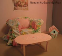 Miniature dollhouse coffee table in hand by MiniaturesfromAvalon, $12.00