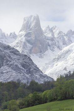 Picu Urriellu in Asturia, Spain