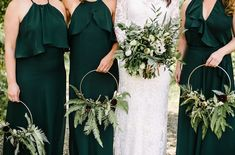12 Irish Wedding Ideas That Celebrate Gaelic Pride 12 Irish Wedding Ideas That Celebrate Gaelic Pride - WeddingWire<br> Celebrate your Irish heritage (or, just your love of Gaelic traditions) with these fun Irish wedding ideas. Wedding Bouquets, Wedding Flowers, Wedding Dresses, Wedding Colors, Wedding Styles, Green Wedding Shoes, Blue Wedding, Glamping Weddings, Themed Weddings