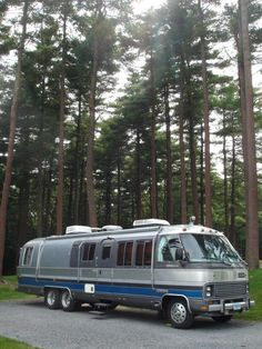 1989 Airstream 345LE Motor Home.