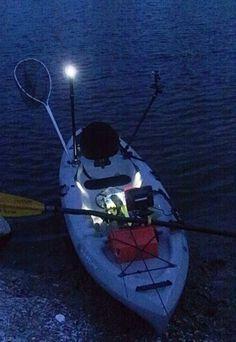 Gluten rigs and kayaks on pinterest for Kayak lights for night fishing