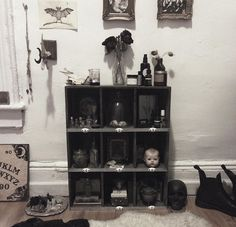 27 Pieces Of Decor For People Who Are Goth AF