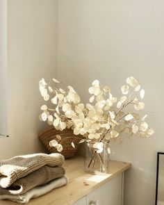 Make an impressive flower arrangement on your own. #bouquet#flowers#flowerdecor#homebouquet#homeflower#