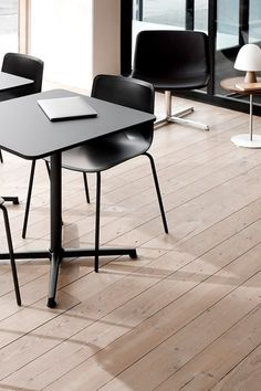 The simple aesthetic makes the Pato Table the perfect partner to pair with the Pato Chair Collection or virtually any chair. Conceived with the right material options and dimensions for it to be one concept versatile enough for numerous segments, settings and visual styles. #fredericiafurniture #patotable #patotableseries #danishdesign #interiordesign #commercialsettings #cafétable #restauranttable #modernoriginals #craftedtolast Cafe Tables, Restaurant Tables, A Table, Simple Aesthetic, Danish Design, The Good Place, Dining Chairs, Lounge, Interior Design
