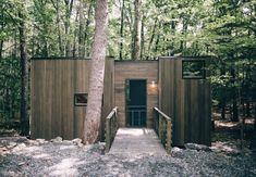 This Cabin Outside New York City Rents for Just $99 a Night - It's also accessible by train and sleeps four. On your mark, get set, go! http://www.adventure-journal.com/2017/04/cabin-outside-new-york-city-rents-just-99-night/