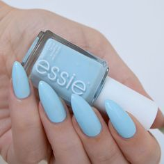 Essie 'blue-la-la' (summer collection 2017) - baby blue nails