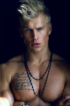 LMM - Loving Male Models: Photo