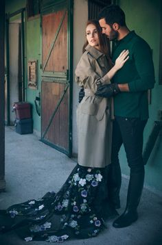 Baris i elcin Turkish Men, Turkish Fashion, Turkish Beauty, Turkish Actors, Drama Tv Series, Movies And Series, Girly Pictures, Cute Couple Pictures, Black Roses Wallpaper