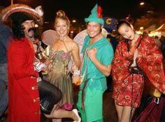 Best 2014 Halloween Parties for Adults in Los Angeles: Halloween isn't just for kids. The adults among us also anticipate this fun-filled holiday as we howl at the moon in Los Angeles and hang out in scary places like creepy cemeteries and special retreats surrounded by creatures of the night. The following events are adult-oriented ways to celebrate this All Hallows' Eve. - CBS Local Los Angeles (credit: GABRIEL BOUYS/AFP/Getty Images)