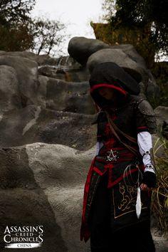 Assassin's Creed Chronicles – Cosplay-Interview mit 'Imaginary Costume'  http://assassinscreed.ubi.com/de-DE/news/news_detail.aspx?c=tcm:156-198405-16&ct=tcm:148-76770-32