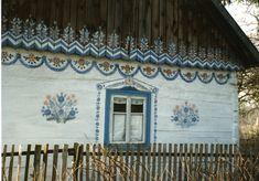 Maker of unusual furniture Painted Doors, Painted Houses, Door Murals, Stencil Art, Play Houses, House Painting, Bunt, Interior And Exterior, Scandinavian