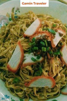 Kolow mee tasty food in Malaysia. It was my favorite food backpacking Malaysia in Sarawak.