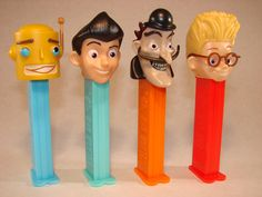 Meet the Robinson's Pez dispensers !!! Ahh! :D
