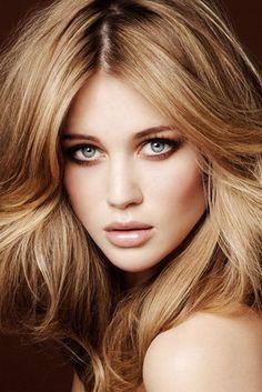 Brown Long Hairstyle For Woman Crazy Hair, Big Hair, Full Hair, Poofy Hair, Girl With Purple Hair, Purple Style, Color Fantasia, Hair Growth Treatment, Hair Treatments