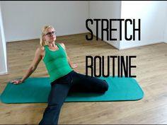 Bij elke beweging gebruiken we onze spieren en gewrichten. Voel je je soms ook zo stijf? Maak van deze tips een goede gewoonte en hou je lichaam soepel! Stretch Routine, Full Body Workouts, Cardio, Challenges, Youtube, Health, Sports, Min, Bye Bye