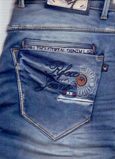 Denim Jeans Men, Boys Jeans, Casual Jeans, Jeans Pants, Denim Vintage, Patterned Jeans, Fendi, Clothes, Men's Denim