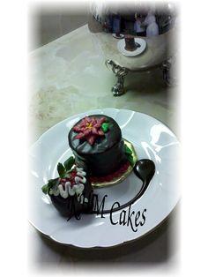 Poinsettia mini cake