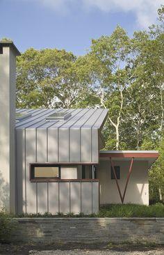 Eisner Design - modern - exterior - new york - Eisner Design LLC Metal Siding, Metal Roof, Les Hamptons, Steel Cladding, Aluminium Cladding, Standing Seam Roof, Zinc Roof, Metal Wall Panel, Modern Barn House