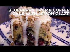 A simple, but delicious blueberry crumb coffee cake for any time of year, with blueberries throughout and a sweet lemony glaze on top. Crumb Coffee Cakes, Blueberry Cake, Blueberry Ideas, Blueberry Desserts, Salty Cake, Savoury Cake, Cake Recipes, Lemon Recipes, Brunch Recipes