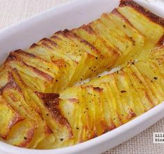 Potatoes mashed in the oven. potato al horno asadas fritas recetas diet diet plan diet recipes recipes Potato Recipes, Snack Recipes, Cooking Recipes, Healthy Recipes, Diet Recipes, Empanadas, Argentine Recipes, Good Food, Yummy Food