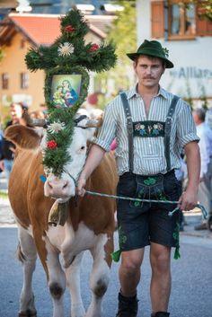 Lederhosen, Oriental, Guy Stuff, Bavaria, Cows, Bellisima, Character Inspiration, Bloom, Hipster