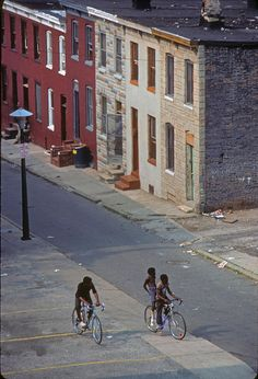 Friends riding bicycles, Baltimore, Maryland, United States, 1978, photograph by Marcelo Montecino.