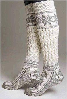 Knestrømper - Viking of Norway Winter Wear, Autumn Winter Fashion, Winter Socks, Warm Socks, Cozy Winter, Comfy Socks, Winter Sweaters, Looks Style, My Style