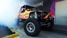 [HOONIGAN] Club Days - Jeeps take over the Donut Garage w  Currie Enterp...