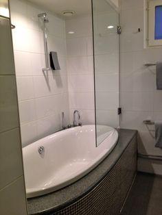 bad med badekar 30 best Bad images on Pinterest | Home decor, Restroom decoration  bad med badekar