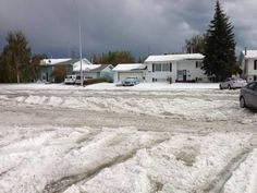 Yes - this is a pic from TODAY! Crazy weather in Southern Alberta continues... @lilmizshelley 40s Is this a pic from today? RT @twbobcat: Irricanna Alberta