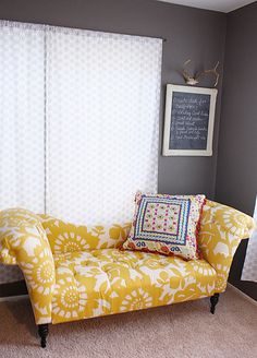 fainting couch - This would match my bedroom theme. mKae the closet look as part of the room Urban Outfitters Apartment, Urban Outfitters Room, Living Furniture, Home Decor Furniture, Accent Furniture, Bedroom Furniture, Master Bedroom Closet, Attic Closet, Bedroom Sofa