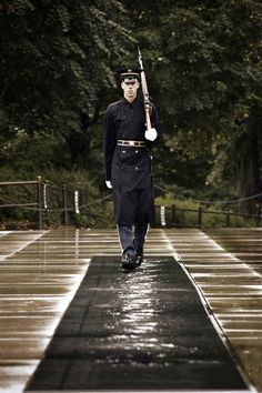 Standing Guard Of The Unknown Soldier