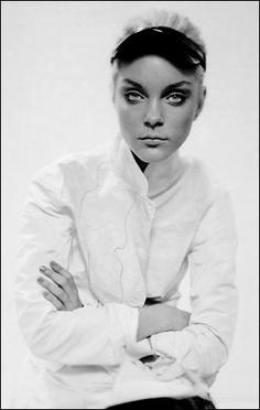 Jessica Stam fotografata da Paolo Roversi - New York Style Times - Surface Tension