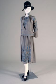 1920s Grey silk crepe dress with embroidery, Elizabeth Bertch, American, via KSUM.