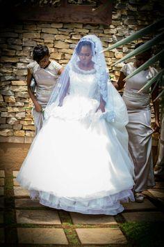 Beautiful bride and bridesmaid's #wedding #bride #dress