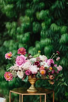 New wedding boho chic decoration jewel tones Ideas Floral Centerpieces, Wedding Centerpieces, Wedding Bouquets, Wedding Decorations, Centrepieces, Tall Centerpiece, Flower Bouquets, Wedding Dresses, Boho Wedding