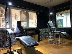 Mesut Ayvaz Tattoo & Art Eskişehir Dövme Conference Room, Tattoos, Table, Furniture, Home Decor, Homemade Home Decor, Tatuajes, Tattoo, Meeting Rooms