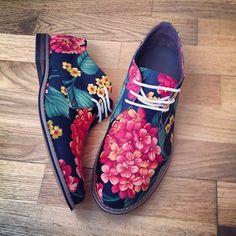 swede & CROWE Japanese blossom derby shoe. http://roberitatesac.wix.com/roberita-tesac