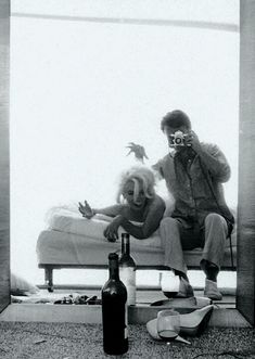 Marilyn Monroe and James dean 1962 photo shoot Like and Repin. Noelito Flow instagram http://www.instagram.com/noelitoflow
