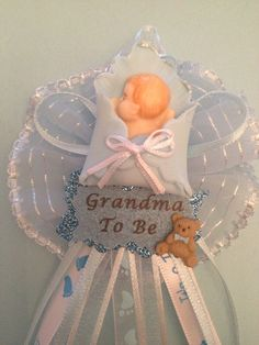 Baby Shower Corsage /Grandma  to be the would be cute for grandma roumph