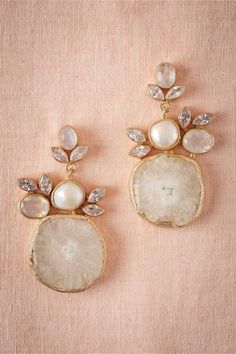 Druzy drop earrings from BHLDN. The organic shapes combine beautifully with the traditional pearls and rhinestones. So so pretty.