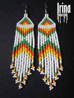 Excellent Images Beadwork brincos Style Thread pressure can create a big affect how your rings looks. No-one wishes to invest hrs bead-weaving exclus Beaded Earrings Patterns, Beaded Tassel Earrings, Seed Bead Earrings, Fringe Earrings, Boho Earrings, Beading Patterns, Seed Beads, Beaded Jewelry, White Earrings