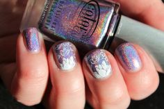Color Club's Eternal Beauty in it full holographic beauty. MoYou London - Pro Collection 08 / Konad - White.