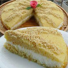 """830 Beğenme, 10 Yorum - Instagram'da Rize-İstanbul (@hacerinmutfagi): """"Kimine göre yalancı kimine görede gerçeğiekmek kadayıfı Tavsiye olunur efendim.... …"""" Turkish Recipes, Ethnic Recipes, Middle Eastern Recipes, Cookie Desserts, Beautiful Cakes, No Bake Cake, Hot Dog Buns, Vanilla Cake, Chocolate Cake"""