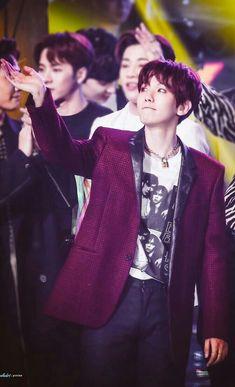 Baekhyun, Exo Group, Xiuchen, Exo Memes, Kpop, Chanbaek, Asian Style, Future Husband, Boy Groups